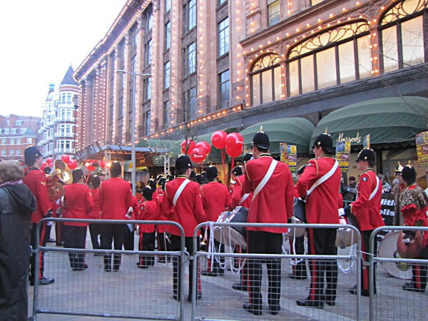 Razprodaje London Harrods